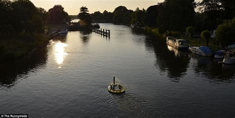 thames river cruise surrey the world s most spectacular hot tubs revealed daily