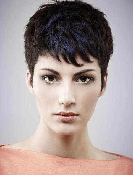 what is a good edgie hair cut for women over 50 2018 popular edgy short haircuts for thick hair