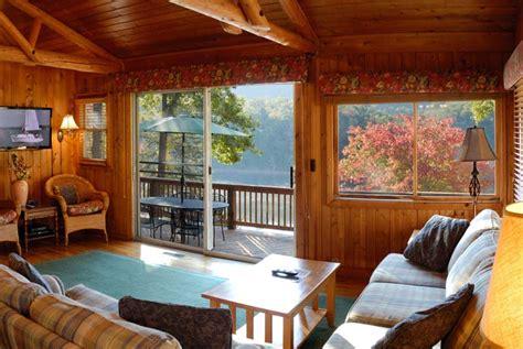 lakeaway vacation rentals on smith mountain lake
