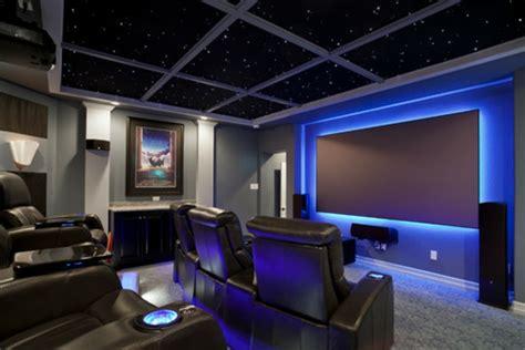 sternenhimmel im zimmer kino zimmer zu hause led sternenhimmel indirekte