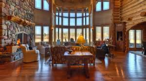 luxury log home interiors luxury log home interiors luxury log homes great rooms