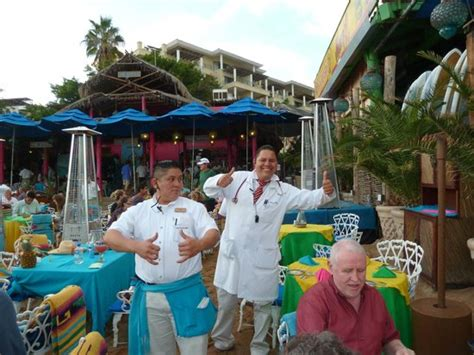 The Office Restaurant Cabo by 301 Moved Permanently