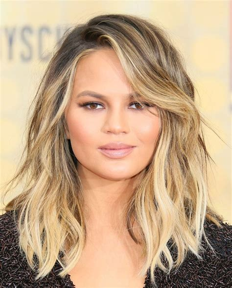 Round Face K Liye Hair Style With Make Up   59 best hair styles for round face shapes images on