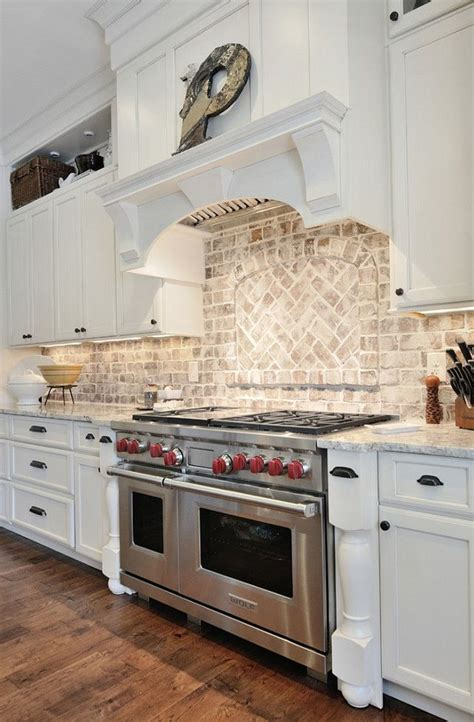 Brick Backsplash In Kitchen by 25 Best Ideas About Kitchen Brick On Pinterest Exposed