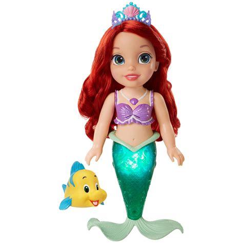 ariel bathtub toy amazon com disney princess colors of the sea ariel doll toys games