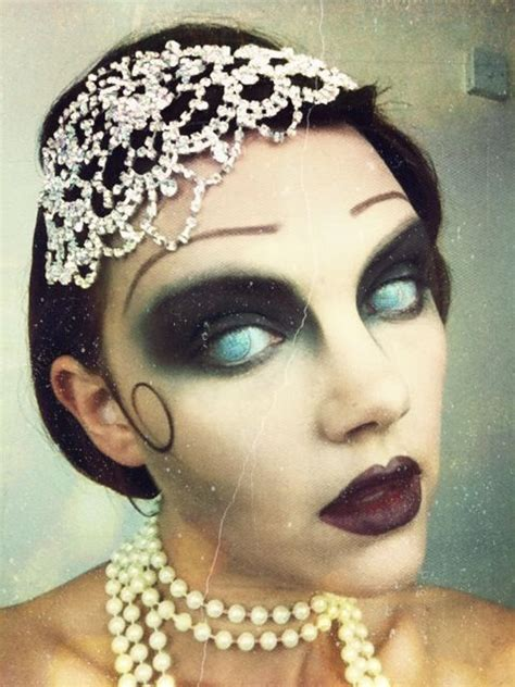 zombie flapper tutorial great gatsby zombie halloween makeup watch the tutorial on