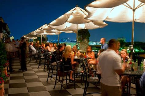 Roof Top Bar Charleston Sc by Charleston S Best Rooftop Bars Restaurants Ahoy Charleston