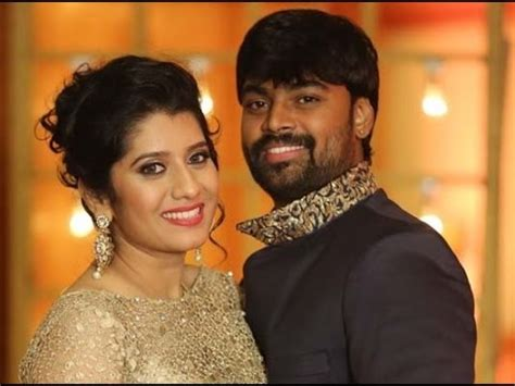 vijay television anchor priyanka marriage photos kmhouseindia vijay tv anchor priyanka marries praveen feb