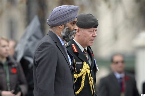Royal Ottawa Detox by Remembrance Day 2015 Photos Canadians Pay Tribute To The