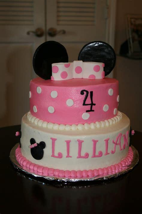 minnie mouse cake ideas s creative cakes minnie mouse cake