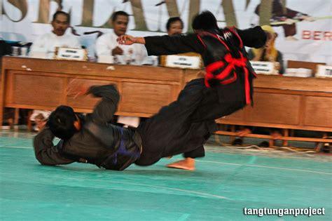 Sabuk Silat Sabuk Ipsi Untuk Pertandingan prestasi dalam pencak silat tidak harus melalui pertandingan tangtungan
