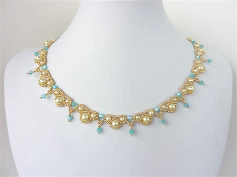 free beading pattern for palace pearls necklace