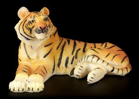 tiger rubber st tiger figure lying on the floor www figuren shop de