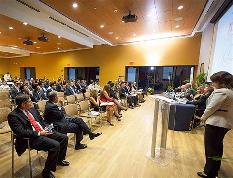 Fiu Mba Entrepreneurship by Fiu Business Alumni Entrepreneurs To Insights At
