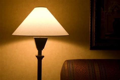 Dim Light by Light Exposure Could Make Breast Cancer Tumors