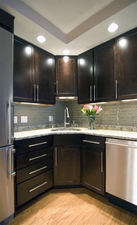 corner modern kitchen ideas  interior