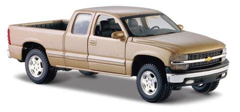 chevrolet silverado gmc sierra pick ups 1999 thru 2006 maisto 1999 chevy silverado pick up gold 1 27 diecast new without box 34941 ebay