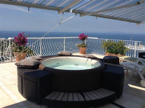 vasca idromassaggio per esterni vasca idromassaggio da esterno per giardini e terrazzi