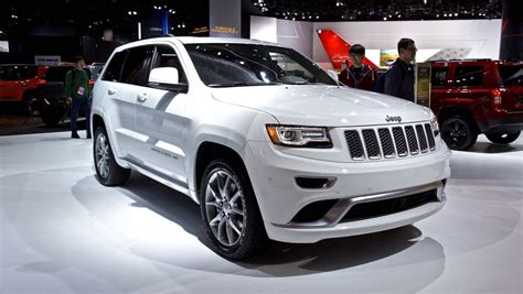 luxury jeep grand cherokee jeep grand cherokee summit to compete with german luxury