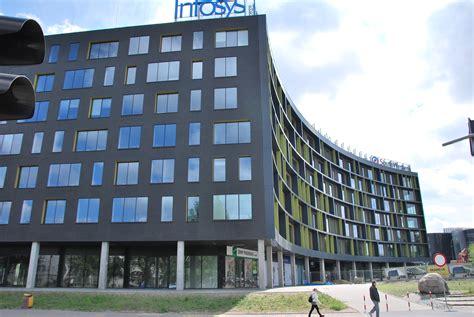Grosir Tx 3 Modern Tech Original file infosys building 01 ł 243 dź 2013 jpg wikimedia commons