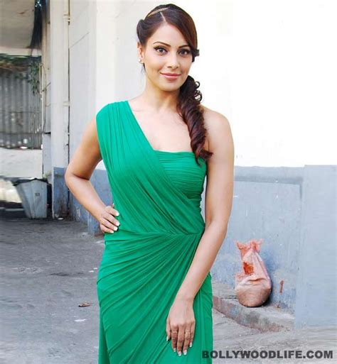 gossip girl meaning bengali how is bipasha basu keeping warm this winter