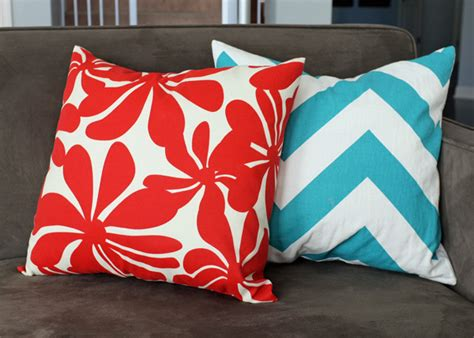 how to easy envelope pillow covers school of decorating