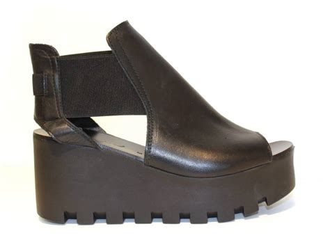 gus mayer shoes summer sandal trends for 2015