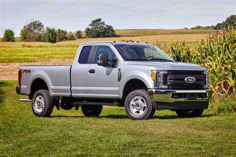Ford Truck Recalls by Ford Recalls 50 000 F 250 Trucks To Fix Damaged Park Rod