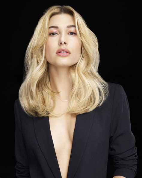 what haircut is most attractive to women the best 2018 medium haircuts and hair colors for