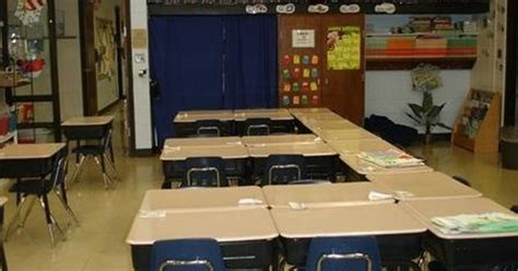 classroom layout rows classroom desk arrangements probable would not have the