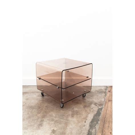 table de chevet en plexiglas range vinyles roche