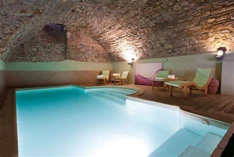 hotel con piscina interna toscana weekend romantico in chianti dimora storica spa
