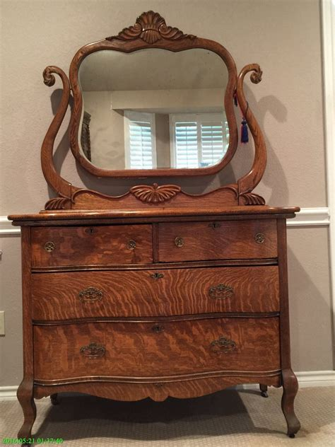 tiger oak dresser with mirror antique tiger oak dresser and mirror oak dresser