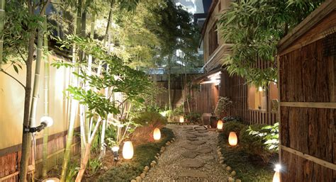 low voltage landscape lighting systems low voltage landscape lighting lowe s for pros