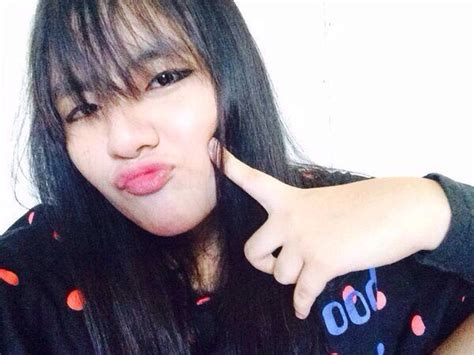 kim taehyung younger sister vmin updates on twitter quot this girl can be taehyung s