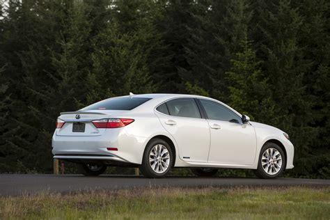 2015 Lexus Es 300h by 2015 Lexus Es300h Reviews And Rating Motor Trend