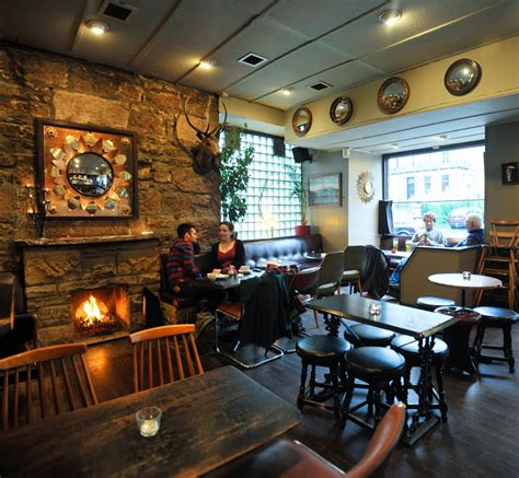Livingroom Edinburgh the best pubs in glasgow where to drink in glasgow