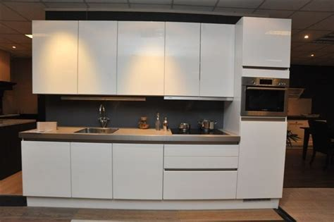 keuken greeploos hoogglans wit showroomkorting nl de voordeligste woonwinkel van