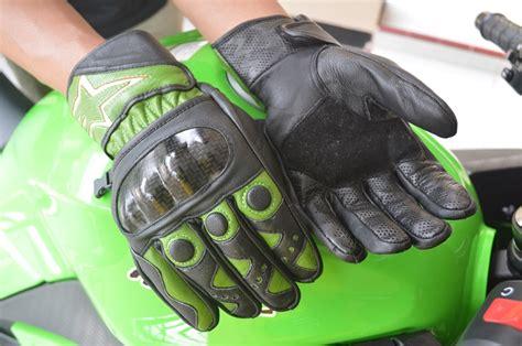 Sarung Tangan Kulit Motor tips memilih sarung tangan motor yang tepat galih pamungkas
