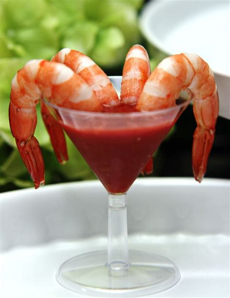 martini shrimp shrimp martini a serving of 4 cocktail shrimps served in