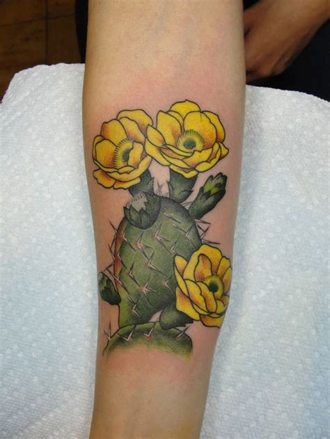 cactus flower tattoo 102 best images about tattoos on horseshoe