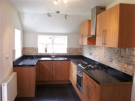 2 bedroom house to rent private landlord 2 bed house terraced to rent cawley street runcorn