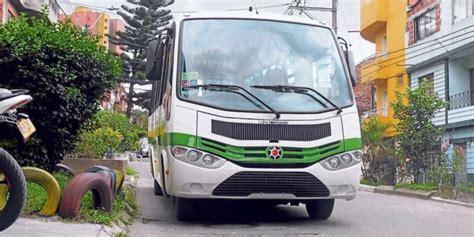 buses alimentadores metro medellin prototipo de los buses alimentadores de metropl 250 s ya est 225