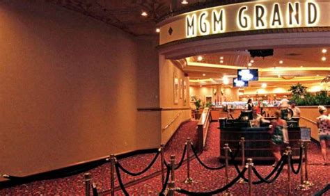 Magic Of Miles Mgm Grand Las Vegas 70 Rooms Including 2 Mgm Buffet Pass