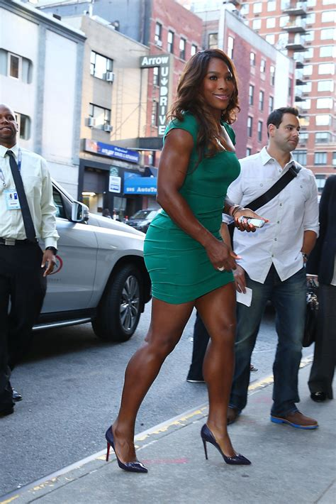 recent paparazzi pictures serena williams serena williams owns a 9900 celebrities blackberry