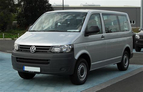 file vw transporter kombi 2 0 tdi t5 facelift frontansicht 17 april 2011 d 252 sseldorf jpg