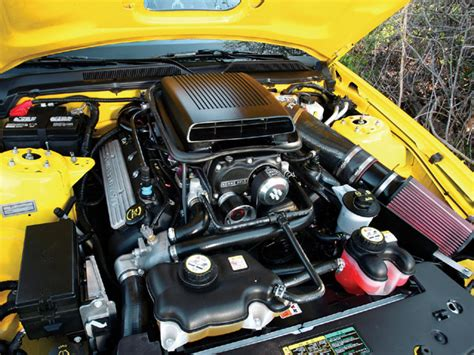 2005 ford mustang gt engine m5lp 0711 02 z 2005 ford mustang gt roger banks photo