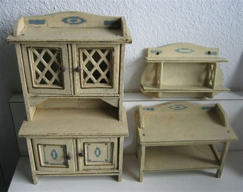 dolls house kitchen furniture 10 best images about antique dollhouse furniture on