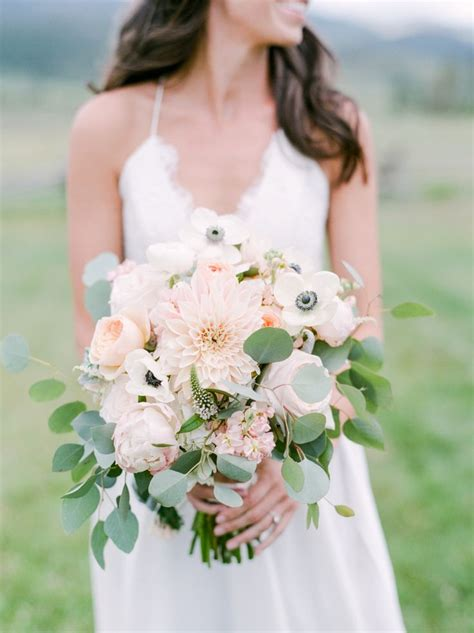 Wedding Bouquet Eucalyptus by 25 Best Ideas About Anemone Centerpiece On