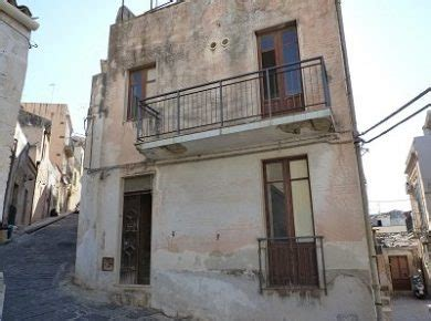 houses for sale in sicily houses for sale in syracuse
